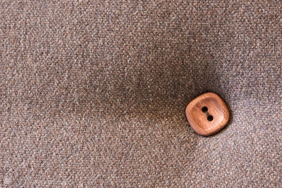 Detail Sofa mit Knopf