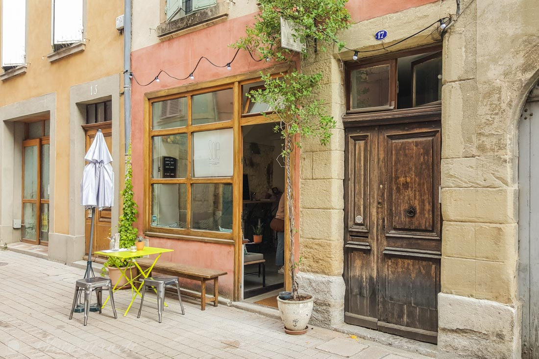 Café in Südfrankreich
